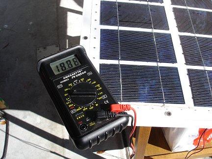 Тестирование напряжения солнечной батареи
